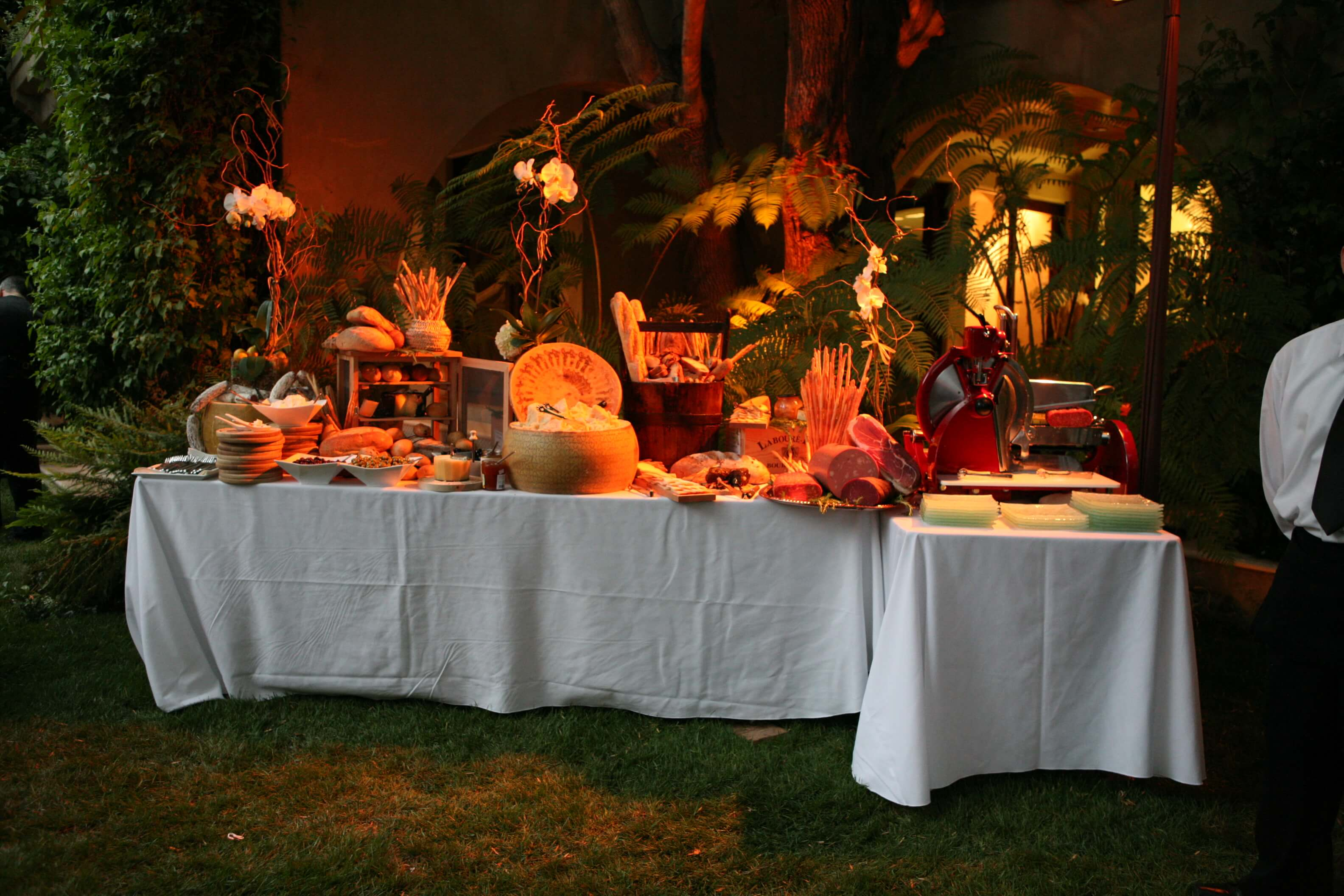 Catering Events - Table Arrangement (4)-1064183064